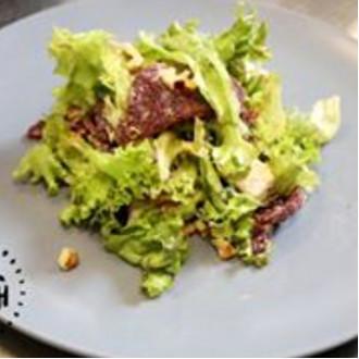 Салат з грильованим буряком та фетою
